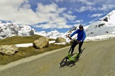 ElliptiGO snowy descent